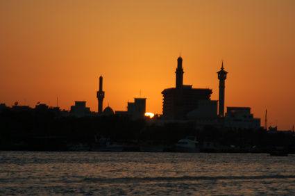 https://www.tapeten-online.com/wp-content/uploads/Fototapete-Skyline.jpg